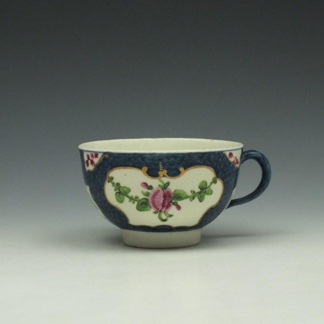 Worcester Blue Scale Floral Pattern Teacup c1760-70 (1)