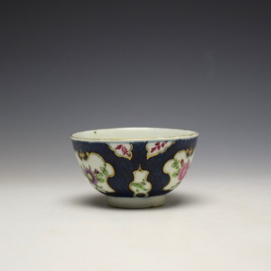 Worcester Blue Scale Panelled Floral Pattern Teabowl and Saucer c1770-75 (6)