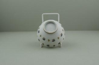 Lowestoft Porcelain Corn sprigs Pattern Teabowl, C1790-1800. 6