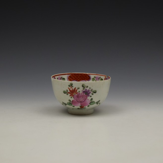 Lowestoft Curtis Floral and Red Border Pattern Teabowl c1780-90 (1)
