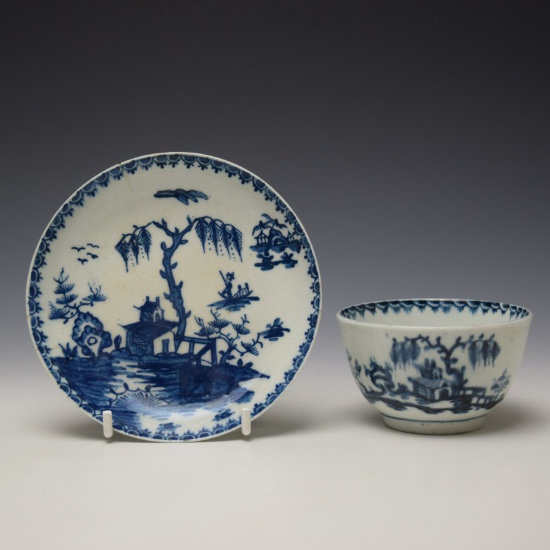 Lowestoft House Willow Fence Pattern Teabowl and Saucer c1762-65 (1)