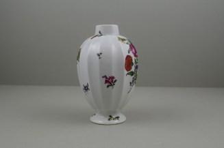 Worcester Porcelain European Flowers Pattern Fluted Tea Canister, C1765-68 (5)