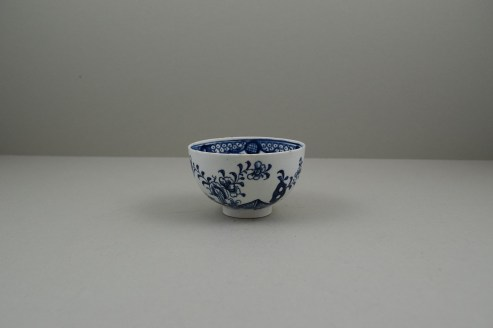 Lowestoft Porcelain Fence Hollow Rock and Peony Pattern Trio, C1785-1800. j