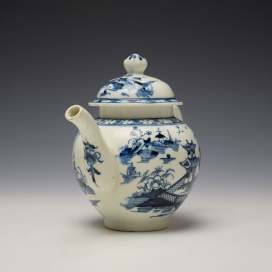 Lowestoft Pagoda and Zig Zag Fence Pattern Miniature Teapot and Cover c1775-85 (3)