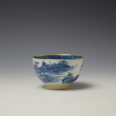 Caughley Fisherman Pattern Teabowl and saucer c1779-99 (3)
