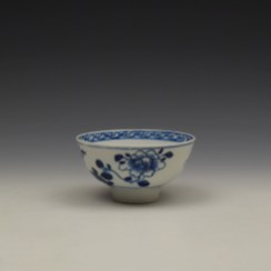 Bow Flowering Root Pattern Teabowl c1760 (4)