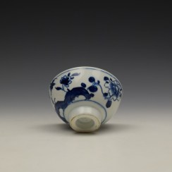 Bow Flowering Root Pattern Teabowl c1760 (7)