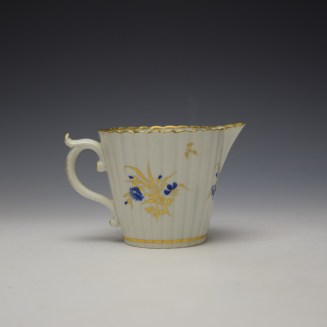 Caughley Gilded Floral Pattern Cream Jug c1785-95 (3)
