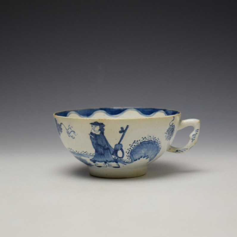 Bow Golfer and Caddy Pattern Breackfast Sized Teacup c1758-62 (1)