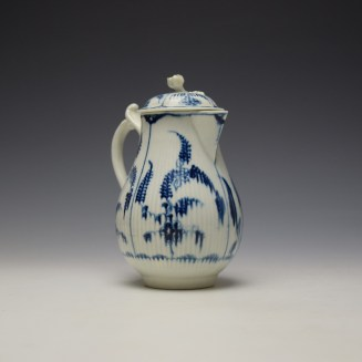 Worcester Immortelle Pattern Sparrow Beak Jug and Cover c1770-90 (2)