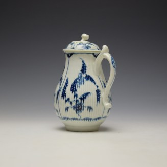 Worcester Immortelle Pattern Sparrow Beak Jug and Cover c1770-90 (5)