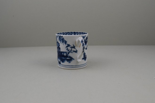 Lowestoft House Fence and Willow Pattern Coffee Can, C1768-72 (6)