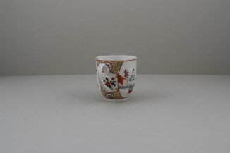 Worcester Porcelain Mother and Naughty Children Pattern Mandarin Coffee Cup, C1770 (5)