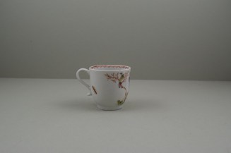Lowestoft Porcelain Mandarin Parrot and Butterfly Pattern Coffee Cup and Saucer, C1785. 5