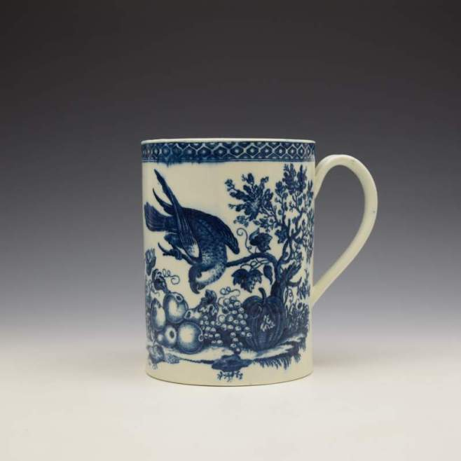 Caughley Parrot Peaking Fruit Pattern Mug c1775-99 (1)