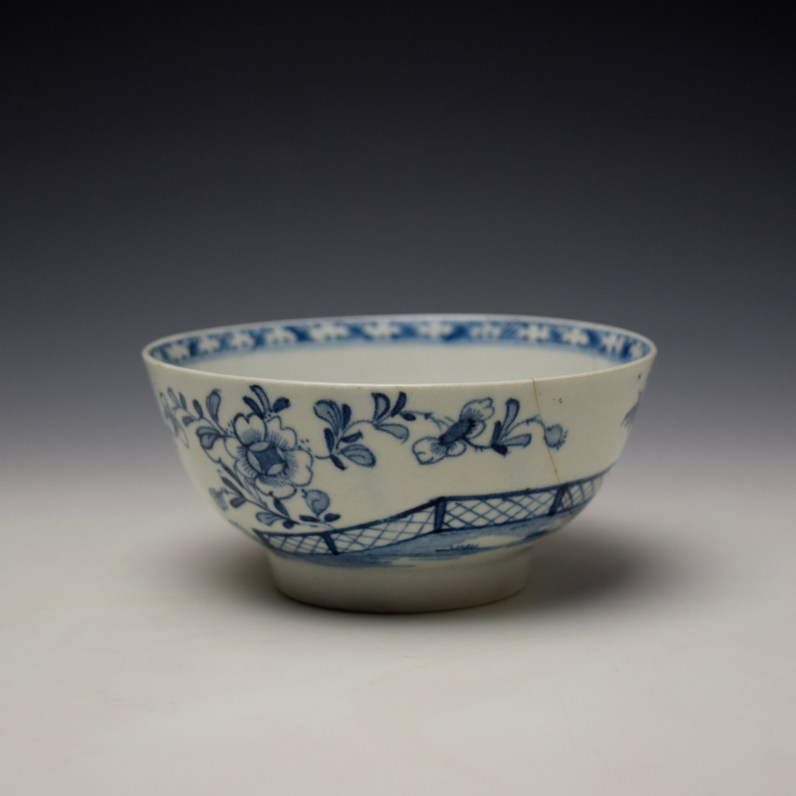 Lowestoft Peony Fence and Bamboo Pattern Slop Bowl c1770-75 (1)