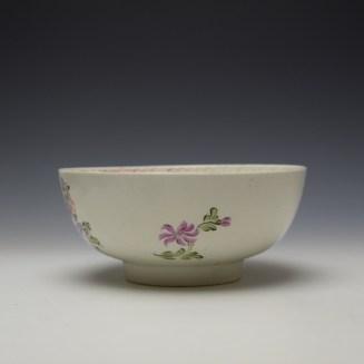 Lowestoft Polychrome Rose and Flower Sprays Pattern Slop Bowl, c1770-75 (4)