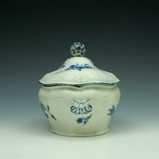 Worcester Wildflower Sprays Tureen and Cover c1775-80 (7)