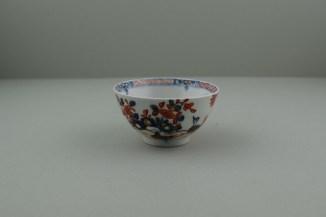 Lowestoft Porcelain Redgrave Two Bird Pattern Teabowl and Saucer, C1770-85. 2