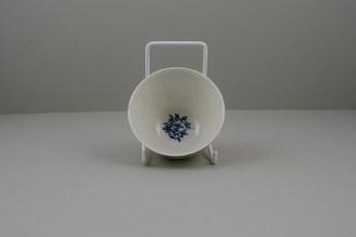 Lowestoft Porcelain Ribbed Flower band Border Pattern Teabowl and Saucer, C1770 (8)
