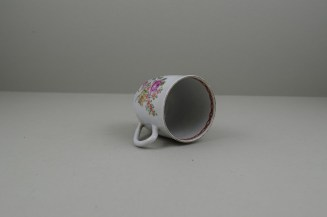 Liverpool Porcelain Richard Chaffers Rose, Flowers and Moth Pattern Coffee Cup, C1760 (8)