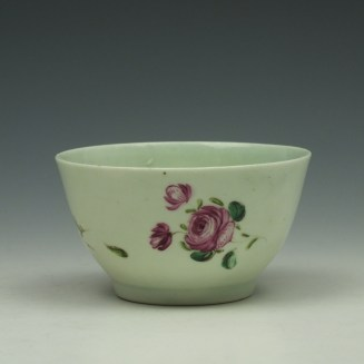 Liverpool Richard Chaffers Rose Pattern Teabowl and Saucer c1760-62 (5)