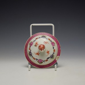 Lowestoft Rose and Cornucopia Within a Floral Garland Pattern Teapot and Cover c1775-80 (9)