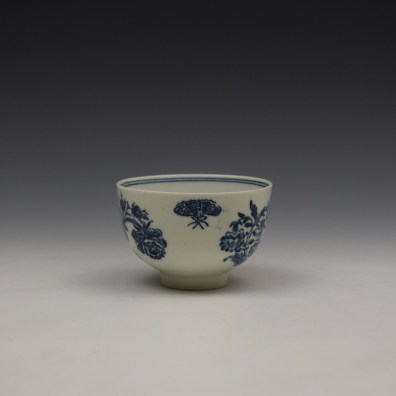 Lowestoft Three Flowers Pattern Teabowl and Saucer c1780-85 (5)
