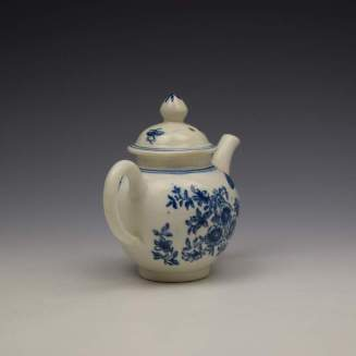 Lowestoft Three Flowers Pattern Toy Teapot and Cover c1770-80 (5)