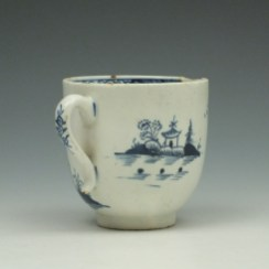 Lowestoft Two Story House and River Pattern Coffee Cup c1785-95 (4)