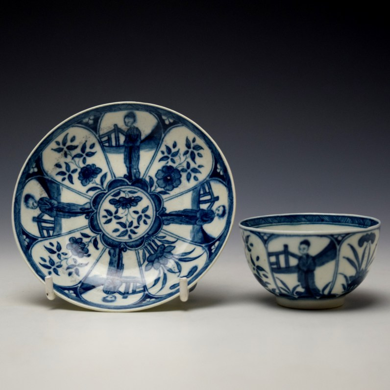 Worcester Arcade Pattern Teabowl and Saucer c1765-70 (1)