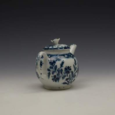 Lowestoft Porcelain Sunflower Pattern Toy Teapot and Cover c1762-63 (7)