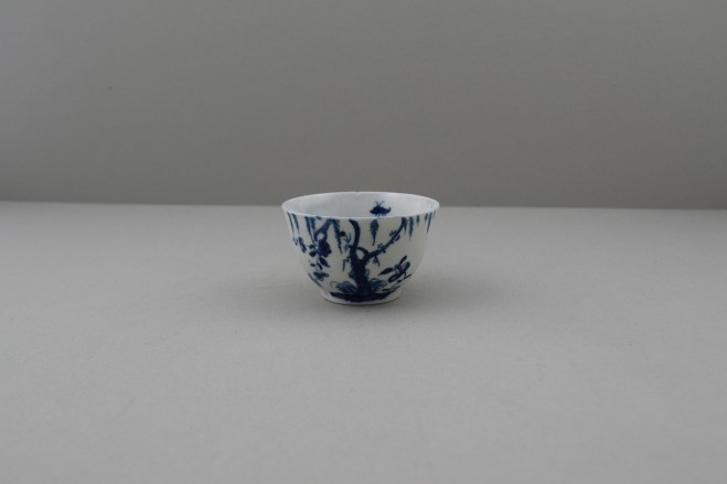 Worcester Porcelain Dr Wall Period Weeping Willow pattern Teabowl, C1754-56. 1