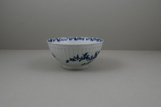 Worcester Porcelain Dr Wall The Reeded Teaware Centre Pattern Slop Bowl, C1755 (5)