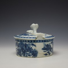 Worcester Fence Pattern Butter Tub and Cover c1765-85 (4)