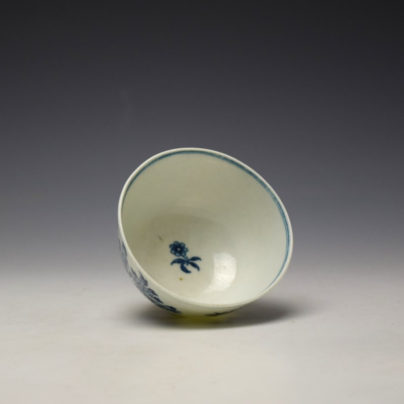 Worcester The Three Ladies Pattern Teabowl and Saucer c1770-80 (6)