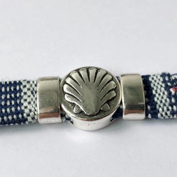 Stoff-Armband mit Pilgermuschel aus Metall
