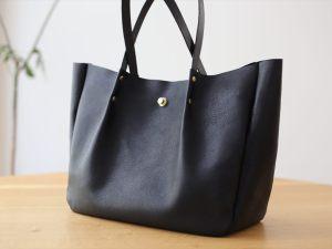 型紙012_真鍮金具と革のトートバッグ (5)