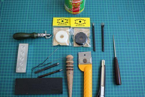 レザークラフトの基本道具