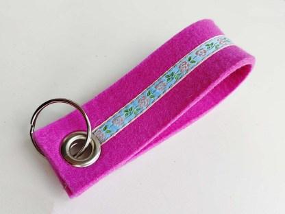 Schlüsselanhänger ROSI pink-hellblau