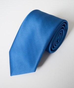 Cravate en satin côtelé bleu océan