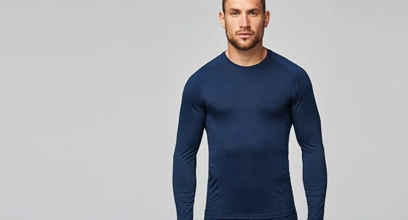 Vous avez besoin de prendre l'air? Profitez à 100 % de votre sport grâce aux sous-vêtements thermiques : l'idéal pour rester au chaud et au sec, même au cœur de l'hiver.