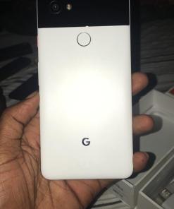 Google Pixel 2 XL 64GB HDD + 4GB RAM