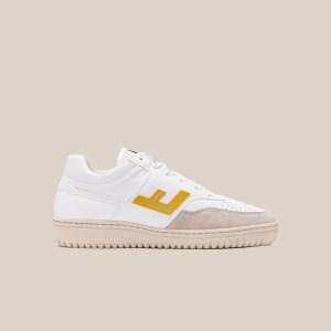 Retro 90's white yellow monocolor