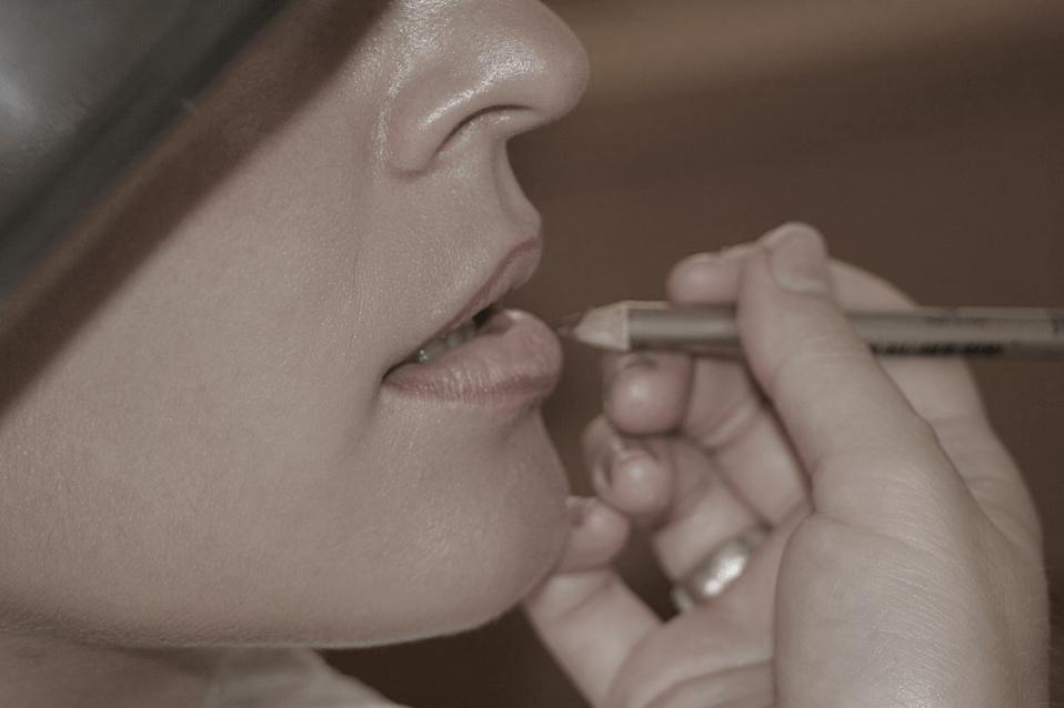 Gesund Schminken – Welches Make-up ist gesund?