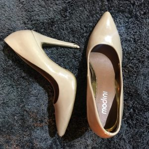 Rootsandleisure_shop_prewoned_nude_pumps