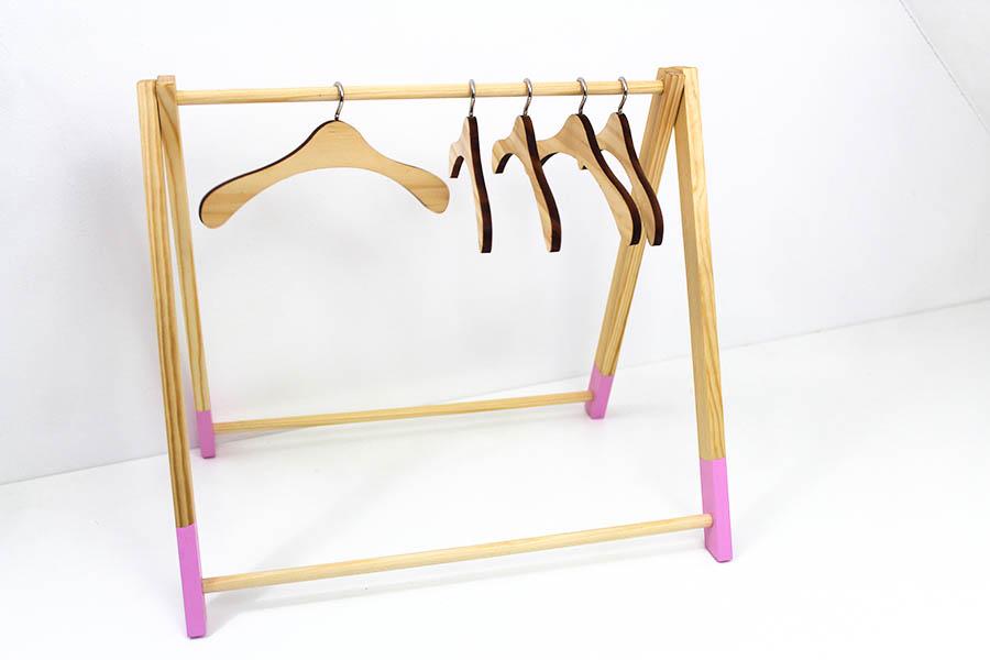 Kleiderbügel Puppenschrank