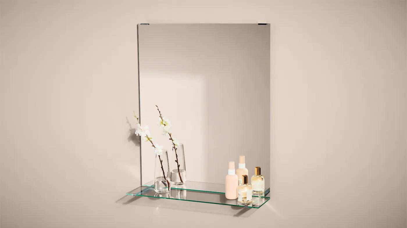 miroir salle de bain et meubles avec