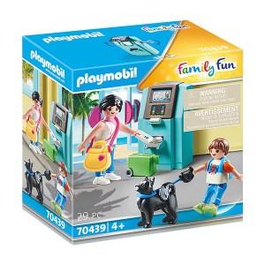 Playmobil Family Fun: Tourists with ATM (εως 36 Δόσεις)
