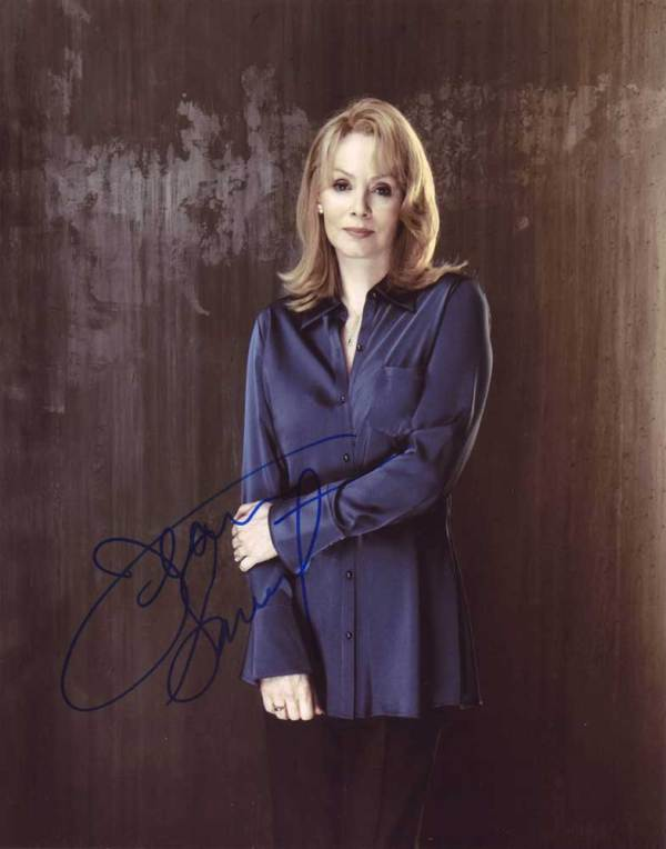 Jean Smart in-person autographed photo